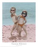 Niñas en bikini Póster por Karen Frasco