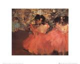 Ballerina in rood Poster van Edgar Degas