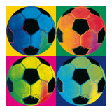 Quatre ballons de football Affiche