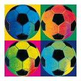 Quatre ballons de football Affiche