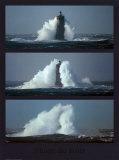 Leuchtturm im Sturm3 Kunstdrucke von Philip Plisson