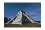 Pyramid of Kukulkan or El Castillo Giclee Print