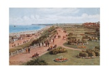 Top of Cliffs and Beach, Gorleston-On-Sea Giclee Print by Alfred Robert Quinton