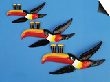 A Set of Three Carltonware Graduated Guinness Advertising Toucan Wall Hangings Prints