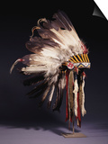 A Fine Sioux War Bonnet, Sewn with Twenty-Nine Eagle Feathers Art