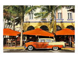 Classic Car in front of the Paparazzi Restaurant, Ocean Drive Poster