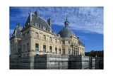 View of Chateau of Vaux-Le-Vicomte, 1656-1661 Giclee Print by Louis Le Vau