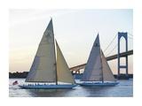 Racing Sailboats and Bridge Kunstdrucke von Onne van der Wal