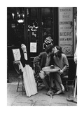 Kissing at Cafe Table, Paris Láminas por Turnley, Peter