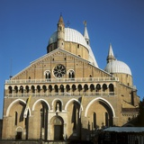 Basilica of Saint Anthony of Façade Photo