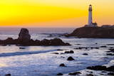 Pigeon Point Lighthouse at Sunset, California, United States of America, North America Fotografisk tryk af  Miles