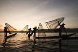Intha Fishermen at Sunset Reproduction photographique par  Lynn