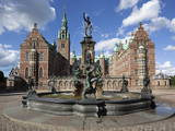 Neptune Fountain and Royal Wing, Frederiksborg Palace, Hillerad, Zealand, Denmark, Europe Photographic Print by Stuart Black