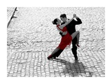 Couple dancing Tango on cobblestone road Kunst