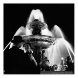 Couple Near Fountain, Paris 1951 Prints by Genevieve Naylor