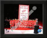The Detroit Red Wings with the 2007-08 Stanley Cup Championship Banner Posters