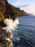 USA, Hawaii, Kauai. Waves Breaking on the Na Pali Coast Photographic Print by  Jaynes Gallery