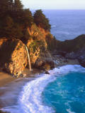 USA, California, Julia Pfeiffer Burns Sp. Waterfall Along the Coast Photographic Print by  Jaynes Gallery