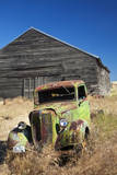 USA, Washington State. Rusting Car in Front of Abandoned Farm Photographic Print by Terry Eggers
