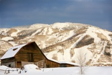Steamboat Springs Ski Area and Barn, Colorado Fotografisk tryk af Ron Dahlquist