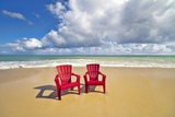 Beach Chairs Beckon on Baldwin Beach on the North Shore of Maui, Hawaii Reproduction photographique par Ron Dahlquist