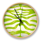 Vibrant Zebra III Horloge par Chariklia Zarris