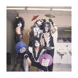 KISS - Japan Tour 1977 Photo by  Epic Rights