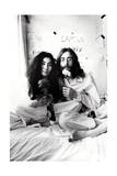 John Lennon - L'Amour Et La Paix Bed-In 1969 Posters by  Epic Rights