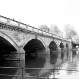 Hyde Park Bridge Fotografisk tryk af Emily Navas