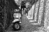 Vespa In Alley Amalfi, Italy Poster Foto