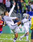 2009 MLS Cup: Nov 22, Los Angeles Galaxy vs Real Salt Lake - Omar Gonzalez Photographic Print by Robert Mora