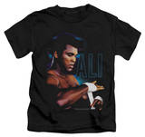 Youth: Muhammad Ali - Taping Up Shirt