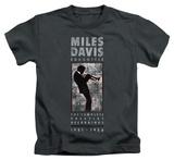 Juvenile: Miles Davis - Miles Silhouette T-shirts