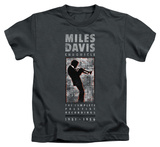 Youth: Miles Davis - Miles Silhouette T-shirts