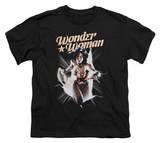 Youth: Wonder Woman - Wonder Woman Break Out T-shirts
