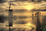 StehliBela-alias-scarbody - Kinderdijk before Daybreak Fotografická reprodukce