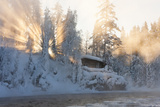 Hut Nea Water and Misty Forest in Winter Fotografisk trykk av  Risto0
