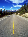 Icefields Parkway, Banff Np, Alberta, Canada Photographic Print by Hans-Peter Merten