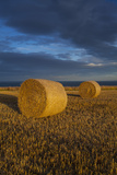 Bale of Hay and Storm Clouds, Scarborough, North Yorkshire, Yorkshire, Yorkshire and the Humber, En Photographic Print by Jason Friend