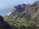 Spain, La Gomera, View of Taguluche near Valle Gran Rey Photographic Print by  Westend61