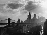 Brooklyn Bridge & Manhattan Skyline Photographic Print by Lawrence Thornton