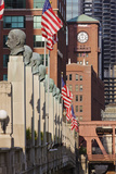 Street Scene outside the Chicago Merchandise Mart Photographic Print by Jeremy Woodhouse