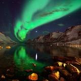 Northern Lights Reflections in Ersfjordbotn Fotografisk tryk af John Hemmingsen