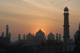 Badshahi Mosque at Sunset, Lahore, Pakistan Photographic Print by Daud Farooq