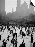 Iceskating in New York Posters