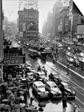Times Square During a President Franklin D. Roosevelt Speech Transmission, New York, 1941 Print
