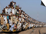 Pakistani Sunni Muslims Return Back to their Homes after Attending an Annual Religious Congregation Posters