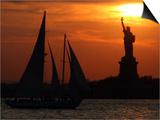The Sun Sets Behind the Statue of Liberty on the Longest Day of the Year Posters
