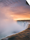 Horseshoe Falls at Sunset from Table Rock Viewpoint, Niagara Falls, Ontario Art by Darwin Wiggett
