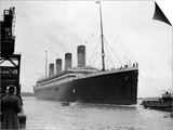The RMS Olympic Sister Ship to the Titanic Arriving at Southampton Docks, 1925 Posters